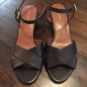 Cole Haan Elsie Cross Sandal Wedge Black 7.5